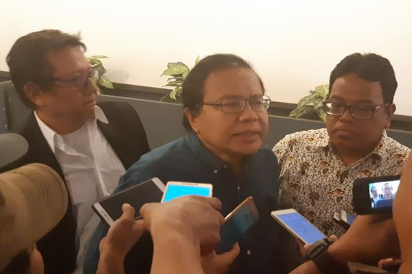Rizal Ramli (tengah)./JIBI/BISNIS - Jaffry Prabu Prakoso