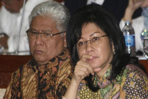 mantan Direktur Utama PT Pertamina (Persero) Galaila Karen Agustiawan (kanan). - Istimewa