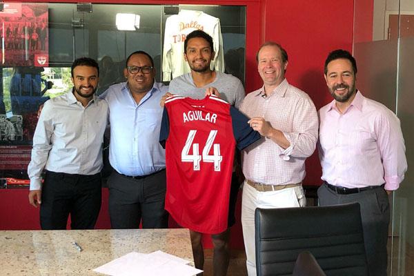 Abel Aguilar bergabung dengan FC Dallas. - Twitter@abelaguilart