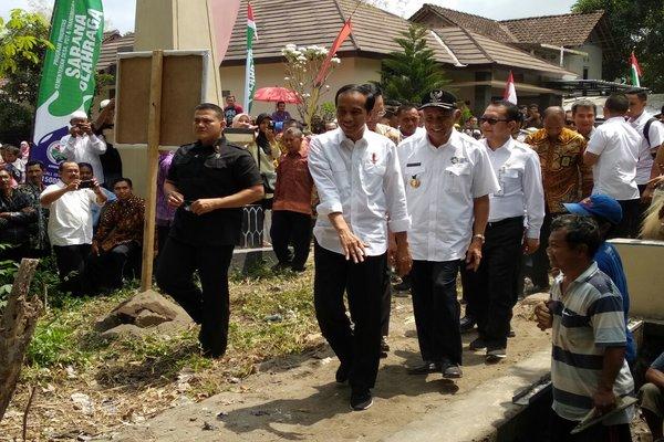 Presiden Joko Widodo saat berkunjung di Berbah, Sleman, Rabu (29/8 - 2018).