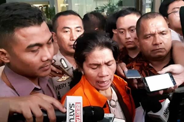 HakimMerry Purba menyatakan tak mengerti alasan penetapan dirinya sebagai tersangka KPK. - Bisnis/Rahmad Fauzan