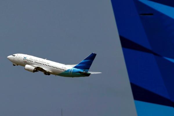 Pesawat Garuda Indonesia - Reuters/Beawiharta
