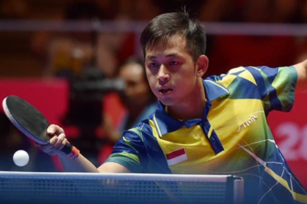 Petenis meja putra nasional Ficky Supit Santoso - Antara/Wahyu Putro