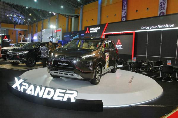 Mitsubishi tampilkan Xpander di GIIAS Makassar 2018.  - MKKSI