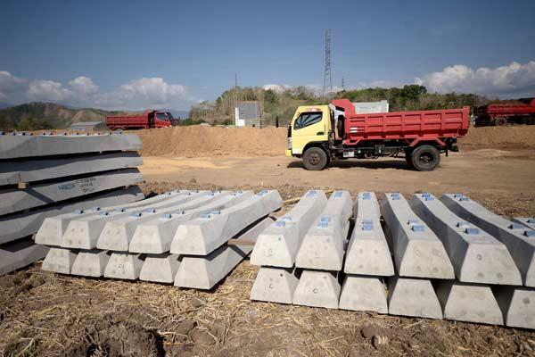 Ilustrasi: Proyek rel kereta api - Bisnis.com
