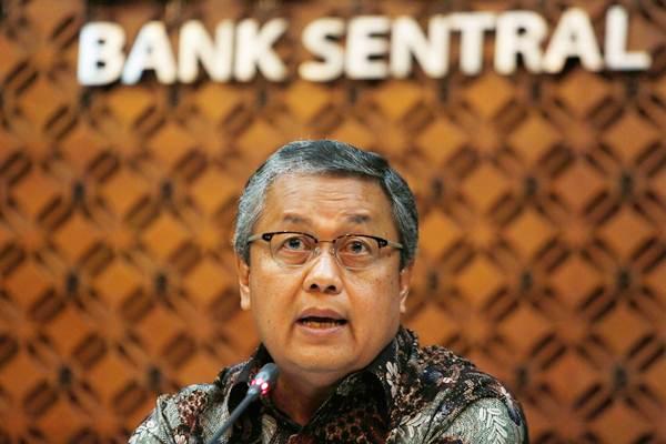 Gubernur Bank Indonesia Perry Warjiyo berbicara saat konferensi pers, di Jakarta, Jumat (29/6/2018). - Reuters/Willy Kurniawan