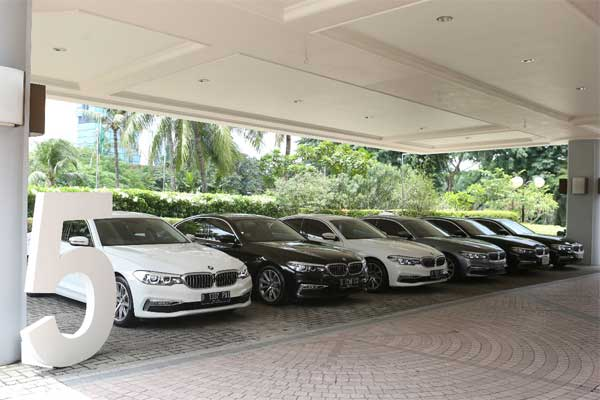 BMW Seri 520i yang menjelajah 5 kota pada Senin-Kamis (12-15/3 - 2018) /Bisnis.com, Muhammad Khadafi