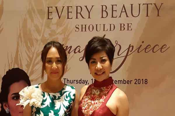 Founder dan President Director Miracle Aesthetic Clinic Group Lanny Juniarti (kanan) bersama penyanyi Bali Putri Bulan - istimewa