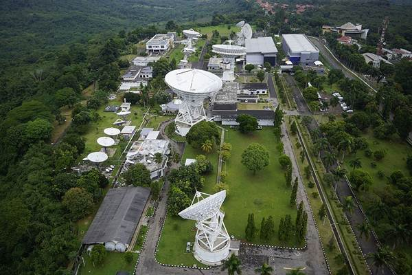 Stasiun Bumi Jatiluhur milik PT Indosat Tbk. - Wikimedia Commons