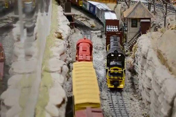 Kereta api milik Neil Young - Youtube