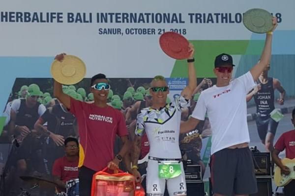 Andrew Keily (AS), Blake Kappler (Australia), dan Jauhari Johan (Indonesia). - Istimewa