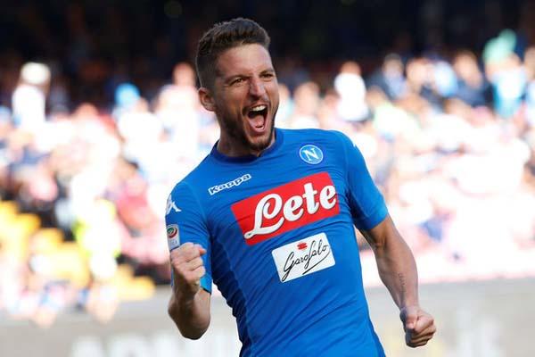 Dries Mertens, andalan Napoli - Reuters/Ciro de Luca