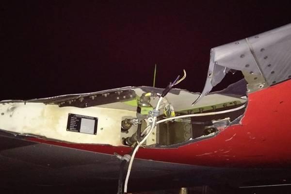 Sayap pesawat Lion Air JT 633 setelah menabrak tiang listrik di Bandara Fatmawati, Bengkulu, Rabu (7/11/2018). - Istimewa.