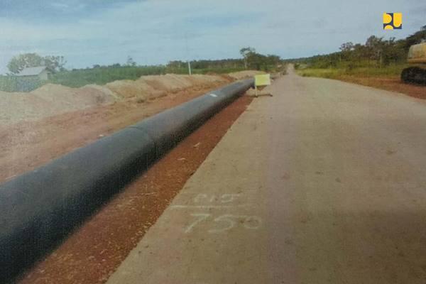 Pembangunan jaringan pipa transmisi air baku di di Distrik Jagebob, Tanah Miring dan Semangga, Kota Merauke - Kementerian PUPR