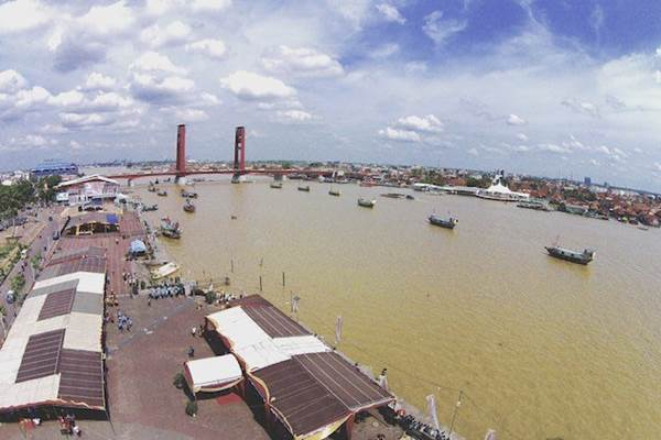 Sungai Musi Sumatra Selatan. - Indonesia Travel