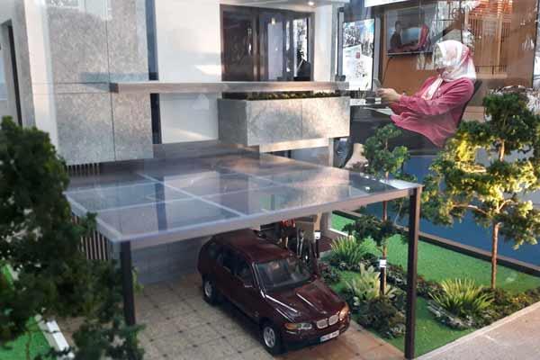 Maket perumahan di sebuah kantor pemasaran developer properti. - jibi