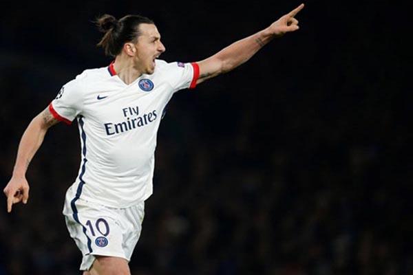 Zlatan Ibrahimovic saat memperkuat Paris Saint-Germain - Reuters