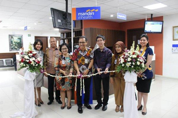 Peresmian konter khusus Mandiri Inhealth di Rumah Sakit Siloam Bali, Jumat (23/11/2018).  -  Ni Putu Eka Wiratmini