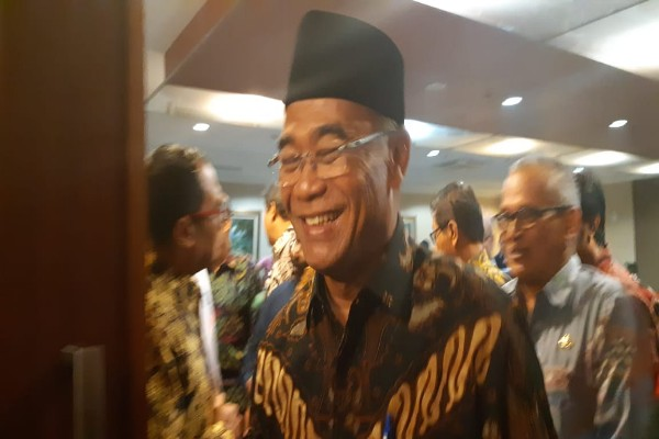 Mendikbud Muhadjir Effendy usai acara jumpa media di Kantor Staf Presiden, Gambir, Jakarta Pusat, Jumat (21/9/2018) - Nur Faizah
