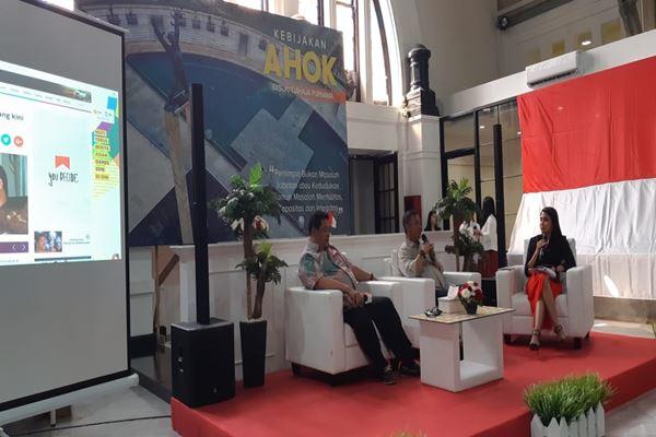 Ketua DPRD DKI  Prasetio Edi Marsudi dan Ketua Fraksi NasDem DKI Bestari Barus menjadi pembicara saat peluncuran buku berjudul