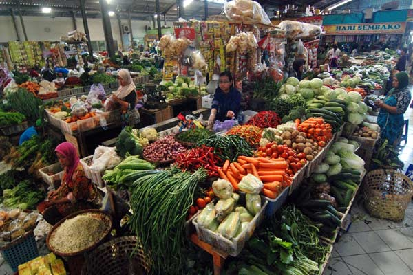 Pasar Tradisional.  - Antara