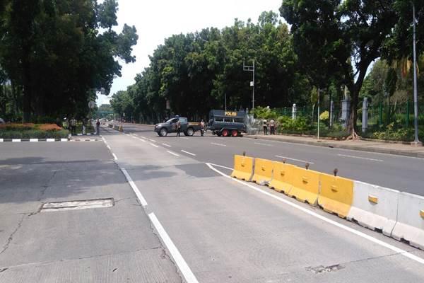 Rekayasa lalu-lintas di Transjakarta koridor I. - Bisnis.com/Feni Freycinetia Fitriani