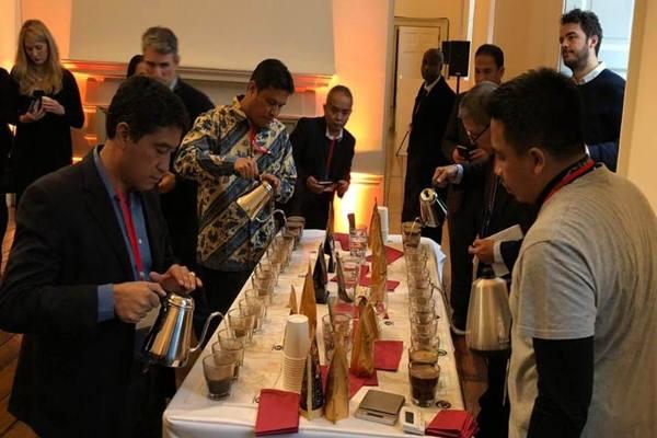 Work Coffee Indonesia (WCI) menyelenggarakan program Indonesia 5 dalam rangka memperkenalkan kopi khas Indonesia ke seluruh dunia secara berkesinambungan. - Dok. WCI