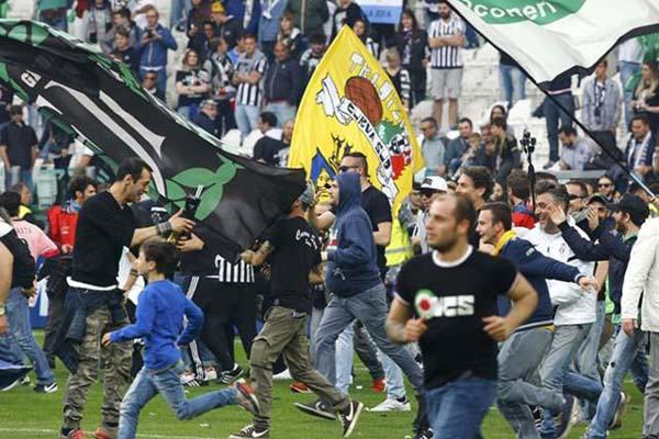 Suporter Juventus - Reuters/Stefano Rellandini