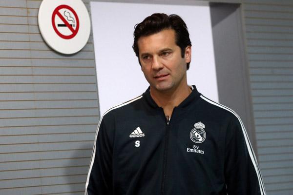 Pelatih Real Madrid Santiago Solari - Reuters/Susana Vera
