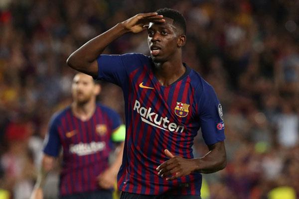 Penyerang FC Barcelona Ousmane Dembele selepas menjebol gawang Atletico Madrid. - Reuters/Sergio Perez