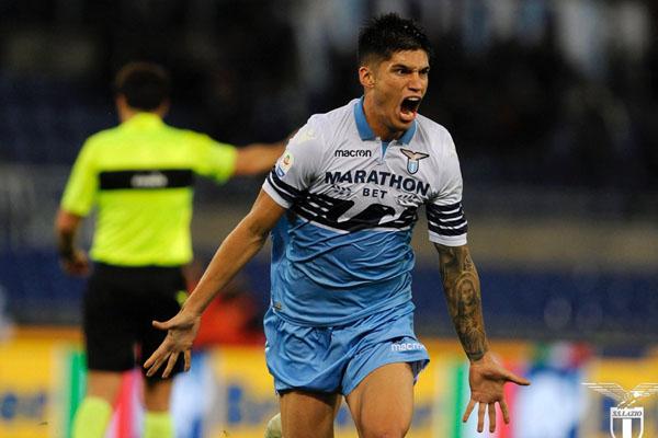 Gelandang serang Lazio Carlos Joaquin Correa setelah mencetak gol penyeimbang skor menjadi 1 - 1 melawan AC Milan. - Twitter SS Lazio