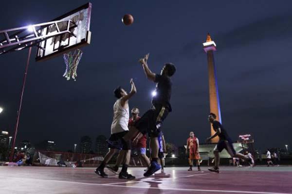 Ilustrasi permainan basket. - Antara/Wahyu Putro