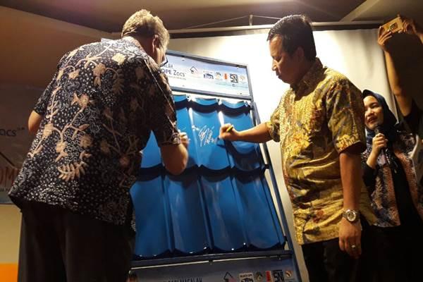 Bluescope Indonesia, produsen baja lapis ringan memperkenalkan produknya  saat media gathering.  - Bisnis.com/Dinda Wulandari