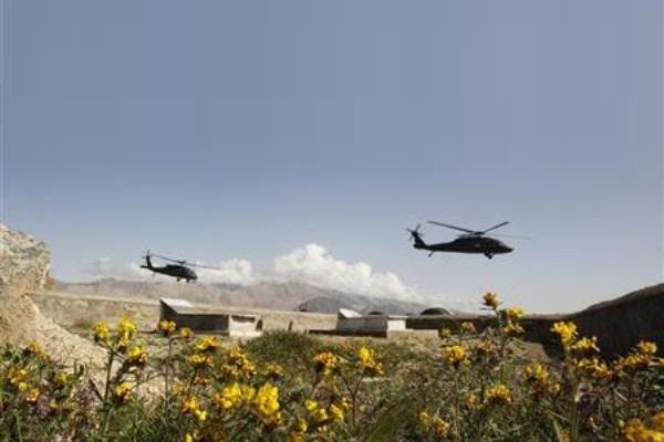 Helikopter Black Hawk AS di Afghanistan. - Reuters/Erik De Castro