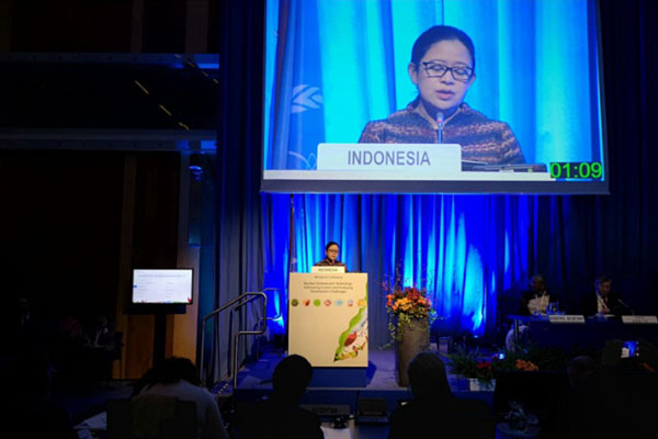 Menko PMK Puan Maharani berbicara pada Konferensi Tingkat Menteri tentang Ilmu dan Teknologi Nuklir yang diselenggarakan Badan Tenaga Atom Internasional (IAEA) di Wina, Austria, pada Rabu (28/11/2018). - Istimewa/KBRI Wina