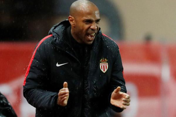 Pelatih AS Monaco Thierry Henry - Reuters/Eric Gaillard
