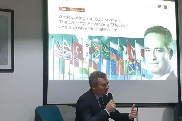 Menteri Muda di bawah Menteri Eropa dan Luar Negeri Republik Prancis, Jean Baptiste Lemoyne dalam diskusi perihal G20 di Jakarta pada Kamis (29/11 - 2018)