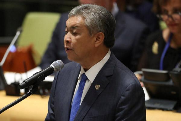 Ahmad Zahid Hamidi jadi Ketua UMNO menggantikan mantan Perdana Menteri Malaysia Najib Razak.  - Reuters/Carlo Allegri