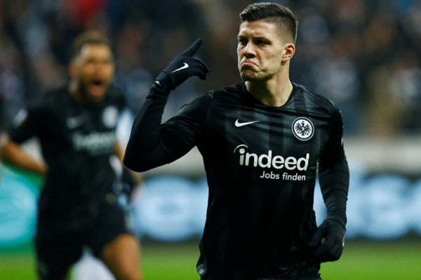 Striker Eintracht Frankfurt Luka Jovic - Reuters/Ralph Orlowski