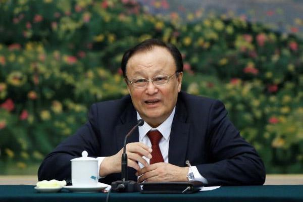 Gubernur Xinjiang Shohrat Zakir - Reuters