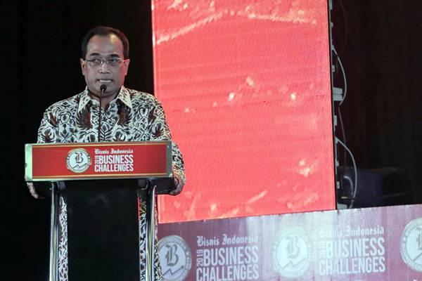 Menteri Perhubungan Budi Karya Sumadi memberi paparan dalam acara Bisnis Indonesia Business Challenges 2019 di Jakarta, Senin (26/11/2018). - JIBI/Felix Jody Kinarwan