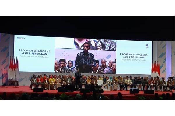 Presiden Joko Widodo saat menghadiri Program Wirausaha ASN dan Pensiunan di SICC Sentul, Rabu (16/1/2019). - Bisnis/Amanda Kusumawardhani