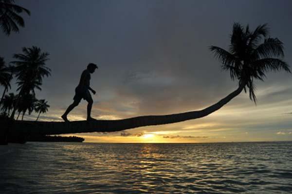 Pantai Mapadegat di Mentawai, Sumatra Barat. - Antara/Iggoy el Fitra