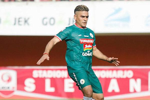 Striker PSS Sleman Cristian Gonzales - Liga Indonesia.id