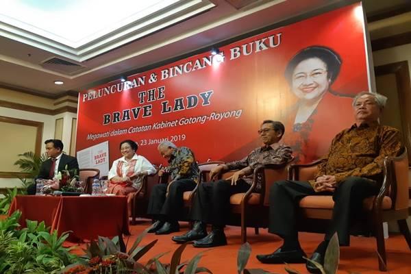 Perayaan ulang tahun Ketum PDIP Megawati Soekarnoputri ke-72 sekaligus peluncuran buku bertajuk