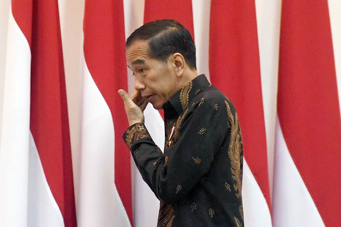 Presiden Joko Widodo tiba untuk memimpin rapat terbatas tentang Minyak dan Gas Bumi, di Kantor Kepresidenan, Jakarta, Rabu (23/1/2019). - ANTARA/Akbar Nugroho Gumay