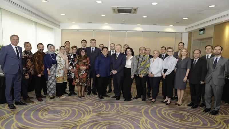 Para Duta Besar negara anggota Uni Eropa saat melakukan pertemuan dengan TKN Jokowi-Ma'ruf Amin di Jakarta, Kamis (24/1/2019) - Dok. TKN