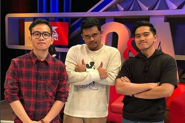 Gibran Rakabuming Raka (kiri), Bobby Nasution (tengah), Kaesang Pangarep (kanan). - Instagram@kaesangp