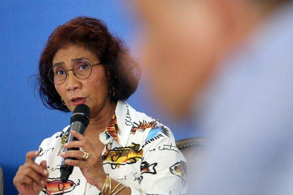 Menteri Kelautan dan Perikanan Susi Pudjiastuti memberikan keterangan kepada wartawan mengenai Refleksi 2018 dan Outlook 2019 di Jakarta, Senin (17/12/2018). - JIBI/Dedi Gunawan