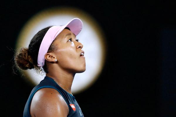 Petenis Jepang Naomi Osaka ketika bertanding di semifinal Australia Terbuka 2019 melawan Karolina Oliskoca (Republik Cheska). - Reuters/Aly Song